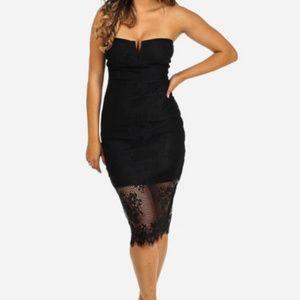 Dresses & Skirts - Cocktail Strapless Black lace midi dress